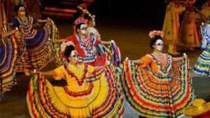 Dancers at Tattoo
