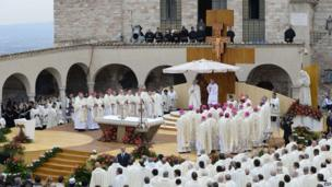 Pope Francis leads a mass outside the St Francis Basilica as part of his pastoral visit in Assisi on 4 October 2013.