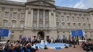 Buckingham Palace hosts the ceremony to begin the Queen's Baton Relay