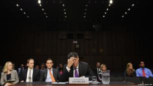 US Treasury Secretary Jack Lew (R) testifies before the US Senate Finance Committee