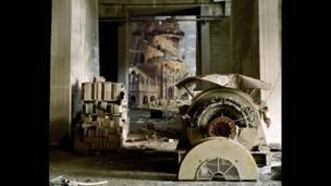 H33 Mantegna by Michael Vogt