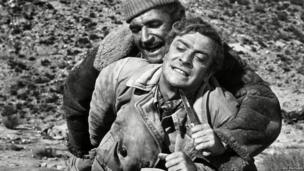 Nigel Davenport and Michael Caine in Play Dirty