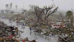 Destroyed houses in Tacloban city, Leyte province. 10 Nov 2013