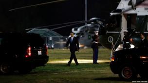 US President Barack Obama arrives at Cheviot Hills baseball park