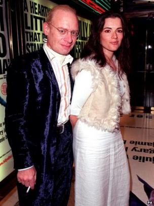 Nigella Lawson with her husband John Diamond. Picture dated 27/09/2000.