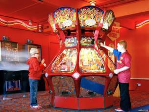 Red arcade, 2010