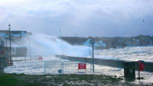 Steve Cridge's picture of the waves breaking on Deganwy beach