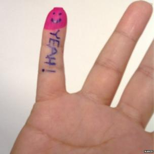 Stained finger for voting. Photo: Nanis