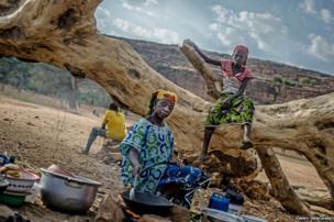 Jeneba Luke cooking in Mali