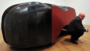 Struck Dumb by Richard Deacon (pictured)