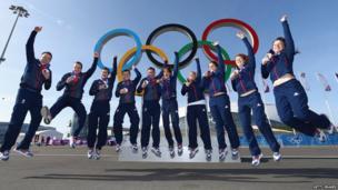 Men's and women's curling teams