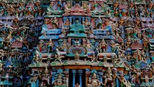 Sculptures in the Raja Gopuram