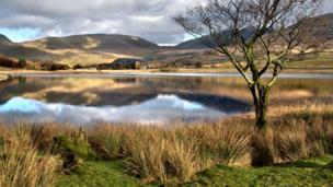 Llyn y Gadair lake in Snowdonia