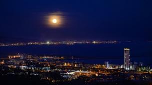 Moonrise over Swansea