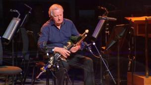 Uilleann piper Liam O'Flynn, who worked with the Nobel Laureate over the years, was also among the performers