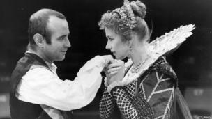 Bob Hoskins and Helen Mirren in The Duchess of Malfi