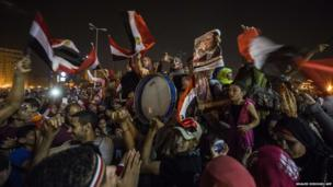 Egyptians celebrate in Cairo's Tahrir Square