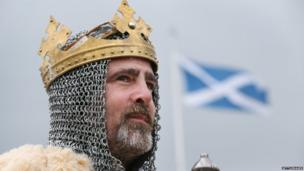 An actor playing the part of Robert the Bruce