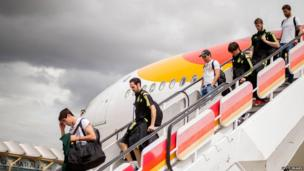 Spain's players arrive back in Madrid