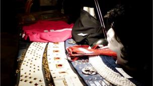 Wardrob liwgar Elvis // Elvis has a belting wardrobe