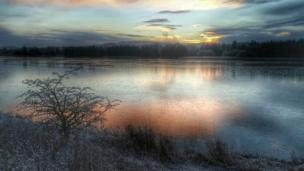 Frozen Forfar Loch