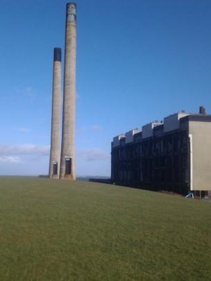 Cockenzie power station chimneys