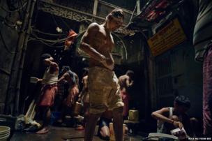 People washing - Low Light winner - Nick Ng Yeow Kee, Malaysia