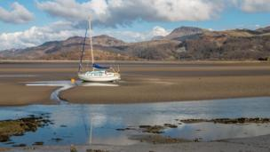 Barbara Fuller, from Tywyn, Gwynedd, .took this picture of the view across to Cadair Idris at Penrhyn Point on the Mawddach estuary