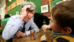 Jim Murphy campaigning in Glasgow