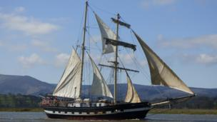 Tall ship La Malouine