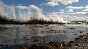 Waves at Dunbar