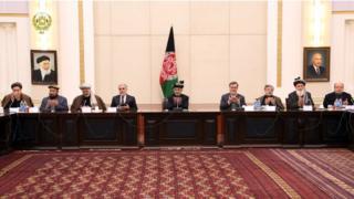 رئیس جمهوری افغانستان برای مراسم خاکسپاری پیر سید احمد گیلانی کمیسیونی را ایجاد کرد