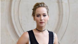 Hình khỏa thân của Jennifer Lawrence bị lộ sau vụ tấn công năm 2014