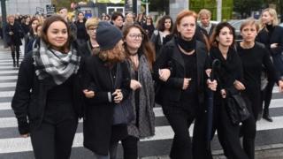 تظاهرات علیه ممنوعیت سقط جنین در لهستان