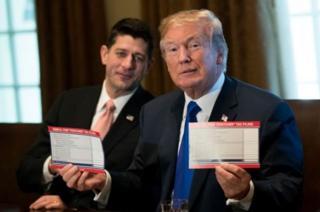 Donald Trump ari kumwe n'umukuru w'inteko nshingamategeko Paul Ryan.