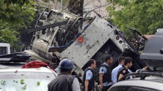 Aftermath of Tuesday's Istanbul bomb (07 June 2016)