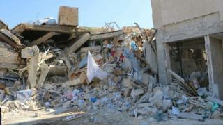 空爆を受けたMSFが運営する病院