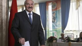 Белорусский президент также проголосовал на парламентских выборах