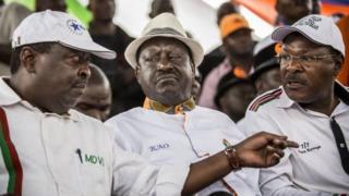 Viongozi wa upinzani wa NASA nchini Kenya wakiongozwa na Raila Odinga