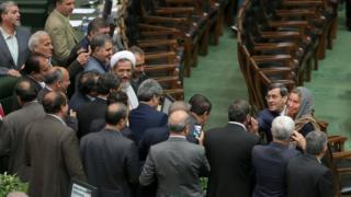 Могерини в парламенте
