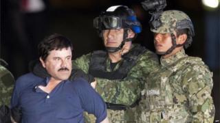 トンネルを使った逃走の後、再び拘束されたグスマン受刑者