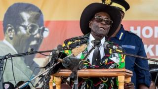 Le Zimbabwe a accédé à l'indépendance en 1980, mais Robert Mugabe voue toujours aux gémonies l'ancienne puissance coloniale, la Grande-Bretagne