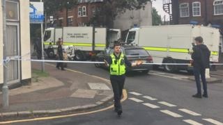 Bomb disposal team on a closed-off street in Luton.
