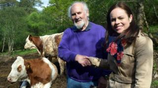 Crofter Duncan MacLennan and Kate Forbes