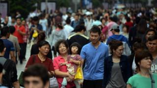 上海南京路步行街。(資料圖片)