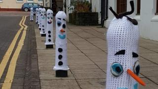 knitted bollards in Callander