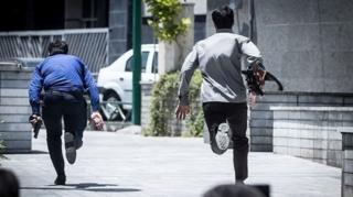 د پارلمان شاوخوا کې امنیتي سرتېري