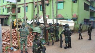 'আতিয়া মহল'কে ঘিরে সেনাবাহিনীর অবস্থান