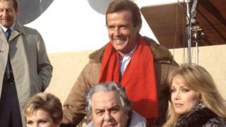 L'acteur britannique Roger Moore, qui a interprété James Bond à sept reprises au cinéma, est mort en Suisse à l'âge de 89 ans
