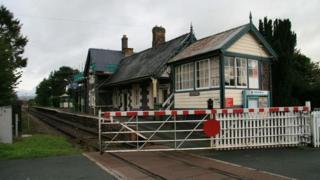 Caersws railway station